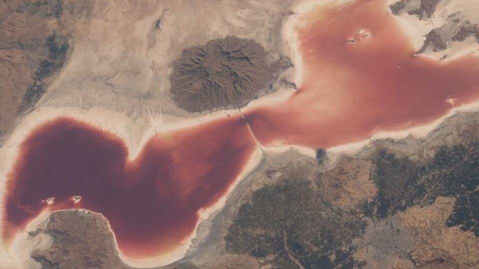 有趣的短视频 ZoominTV NASA美国宇航局拍下了16个地球最美瞬间!!美炸