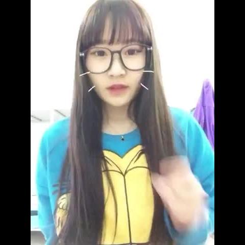 李润姝win的自拍视频