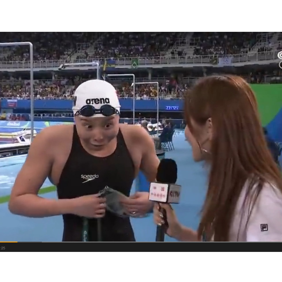 刚刚比完女子100m半决