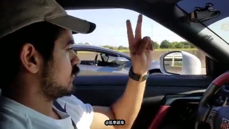 街头PK 日产GTR vs 兰博基尼, 谁更胜一筹