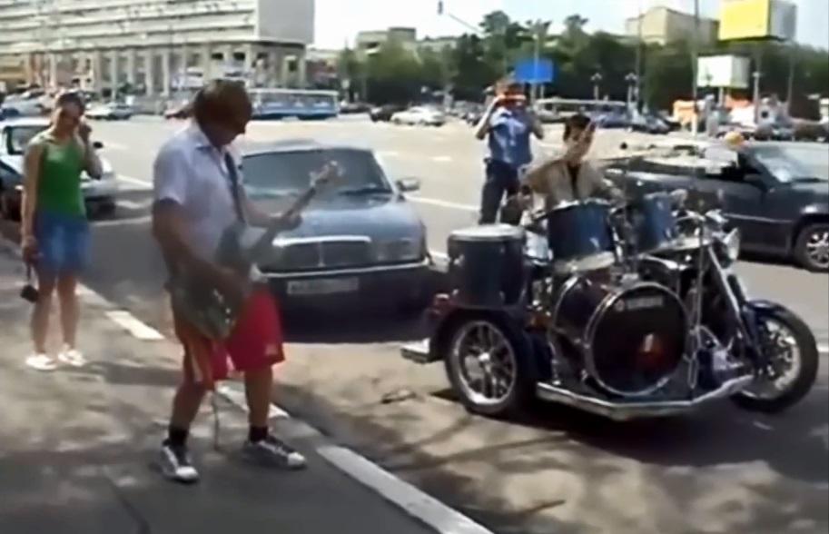 【音乐】【TV秀】 街头艺人 这个国外街头的机车乐队组合超猛