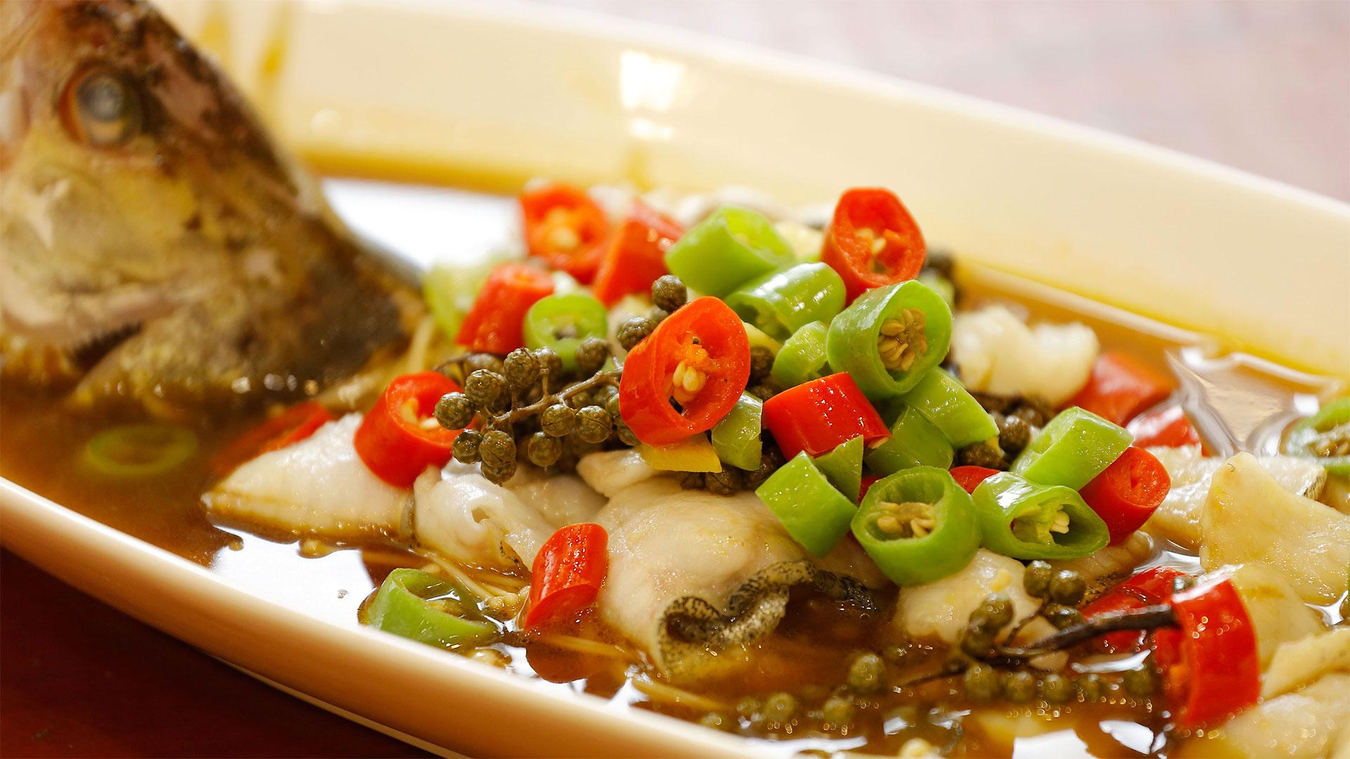 过年少鲶鱼一盘鱼!桂鱼肉多刺少,鱼缸.来清理肉质得了和清道夫图片