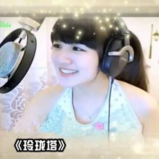 YY女神初见演唱《王妃》,汪峰拍桌叫好