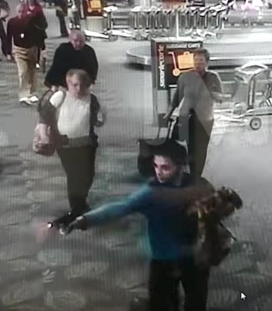 爷爱怀旧 2017.1.6 美国佛罗里达机场发生枪击 造成