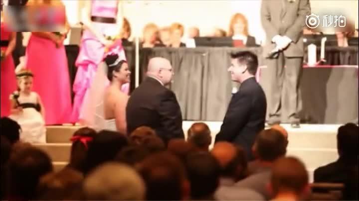 父亲在女儿婚礼上对女婿说的话,既幽默搞笑又温馨感动,好幸福的一家子啊~